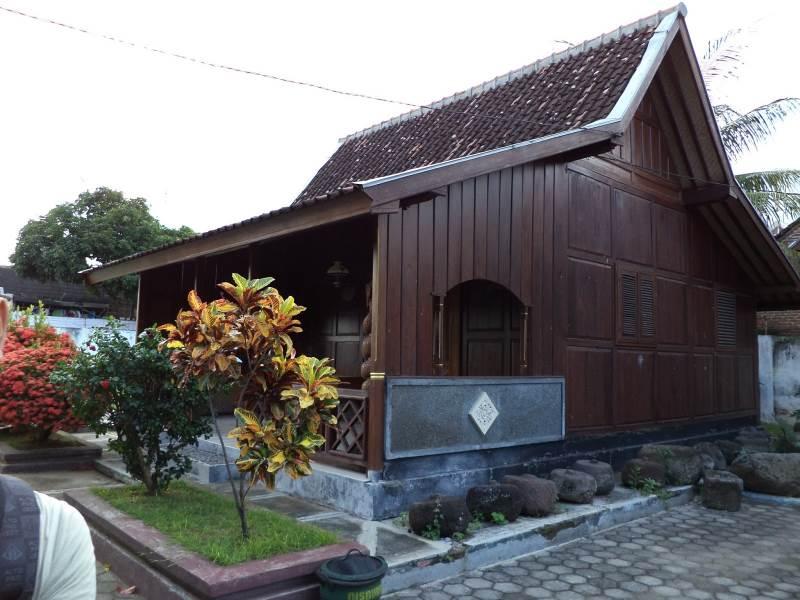 Rumah Jawa Jenis Panggang Pe