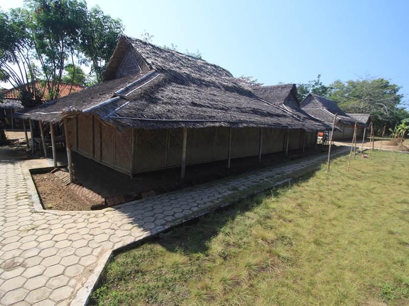 Rumah Kampung Jawa Indramayu